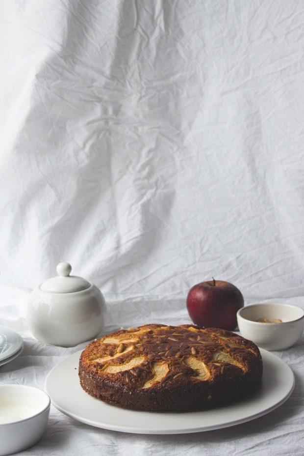pine nut apple cake9